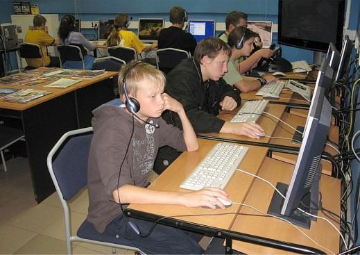 В компьютерном зале